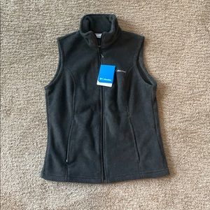NWT Columbia fleece vest